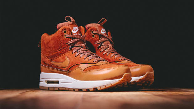 nike-wmns-air-max-1-mid-sneakerboot-00