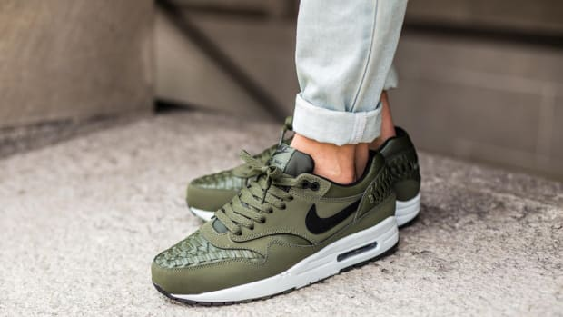 nike-air-max-1-woven-carbon-green-00