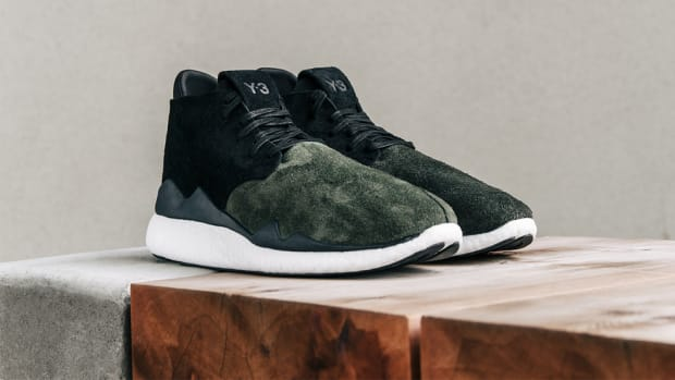 y-3-desert-boost-military-green-00