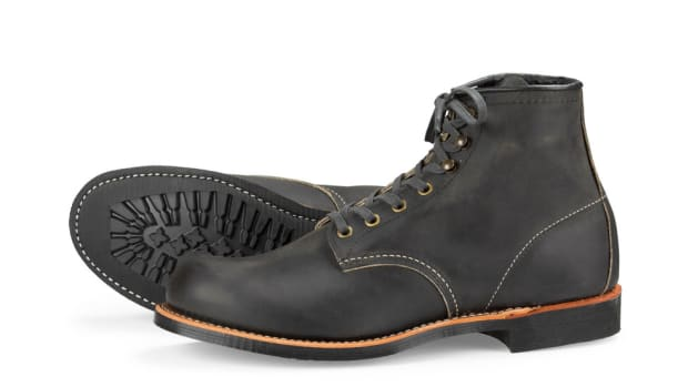 red-wing-heritage-mini-lug-sole-blacksmith-iron-ranger-boots-00