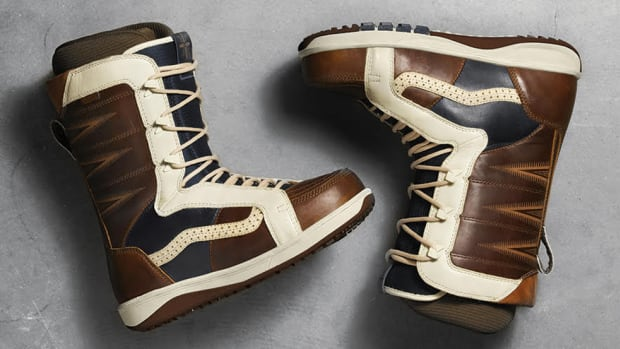 vans-special-edition-snowboard-boots-00