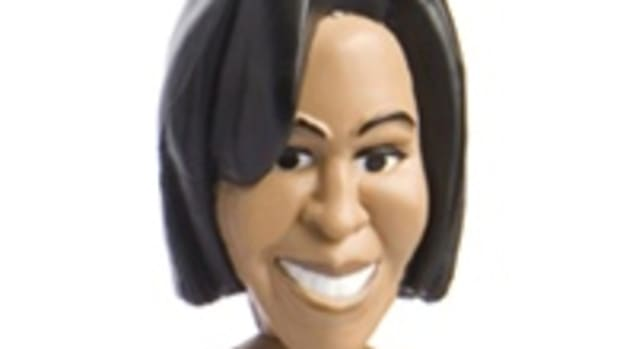 michelle_obama_action_figure_1