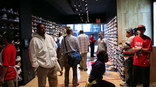 Flight Club New York - Nassau Street - 0