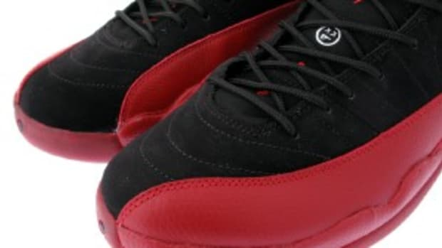 air-jordan-xii-retro-black-varsity-red-0