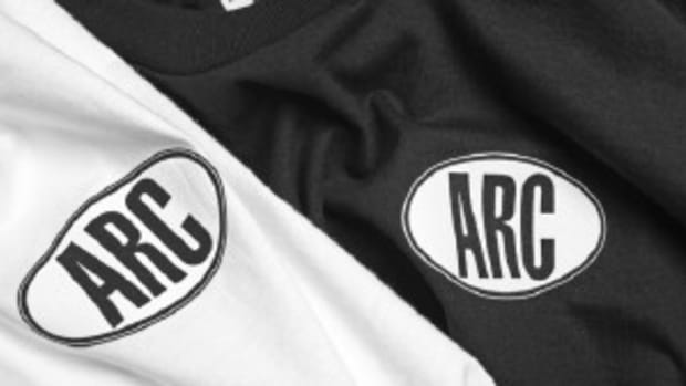arc-sports-t-shirts-holiday-2009-0