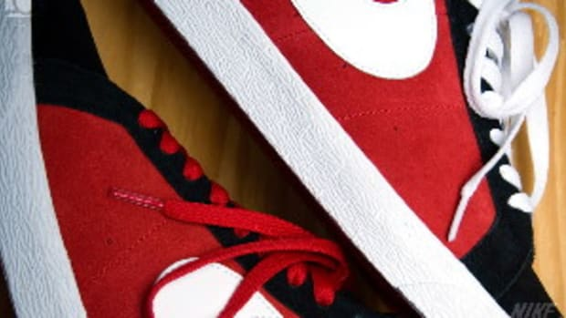nike-sb-blazer-varsity-red-white-black-0