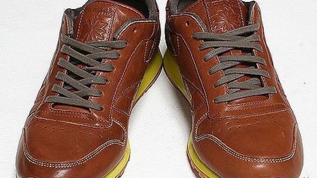 rbk-classic-leather-lux-01.jpg