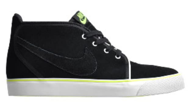 nike-toki-nd-black-volt-0