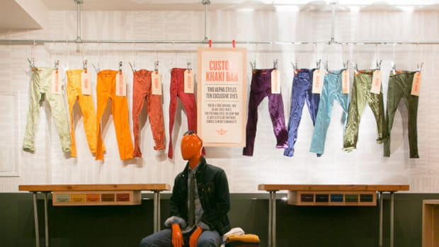 dockers-general-store-new-york-extends-opening-till-october-2013-00