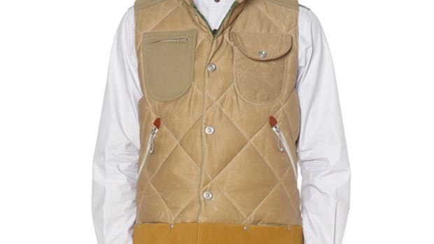 juna-watanabe-man-duvetica-down-feather-vest-01