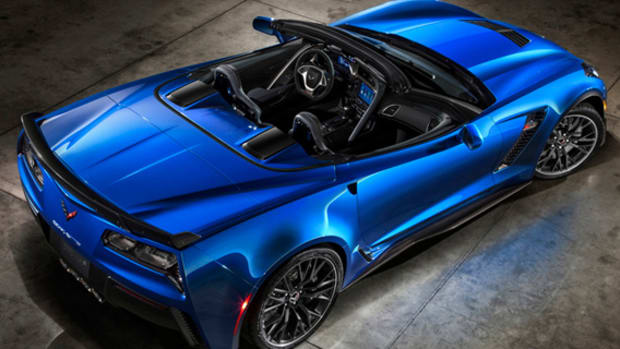 2015-chevrolet-corvette-z06-convertible-01