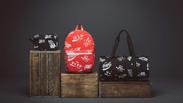 herschel-supply-coca-cola-limited-edition-00.jpg