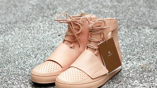 adidas-yeezy-750-boost-natural-leather-00.jpg