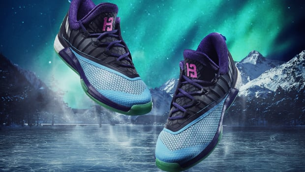 james-harden-adidas-crazylight-boost-all-star-pe-00.jpg
