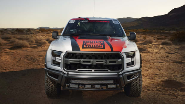 2017-ford-f-150-raptor-race-truck-7.jpg