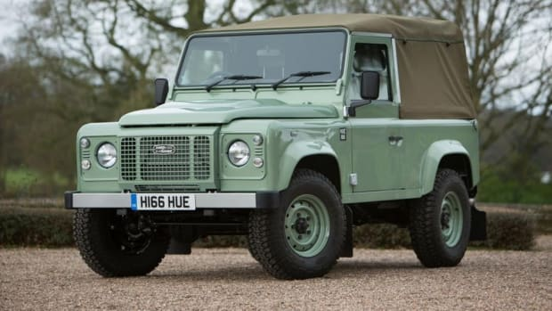 last-ever-land-rover-defender-1.jpg