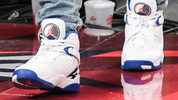 drake-spied-wearing-kentucky-blue-air-jordan-8-2.jpg
