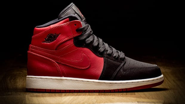 air-jordan-1-bred-gs-01.jpg
