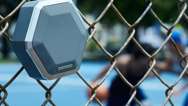 boombot-pro-wireless-speaker-0