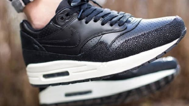 nike-air-max-1-leather-caviar-now-available-1