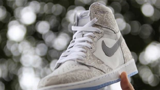 air-jordan-1-retro-high-laser-print-0