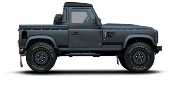 flying-huntsman-105-defender-pickup-by-kahn-design-1