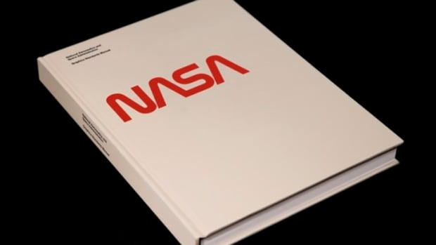 use-this-nasa-graphics-standards-manual-to-design-like-a-rocket-scientist-0