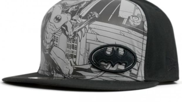 new-era-comic-reflect-batman-cap-01