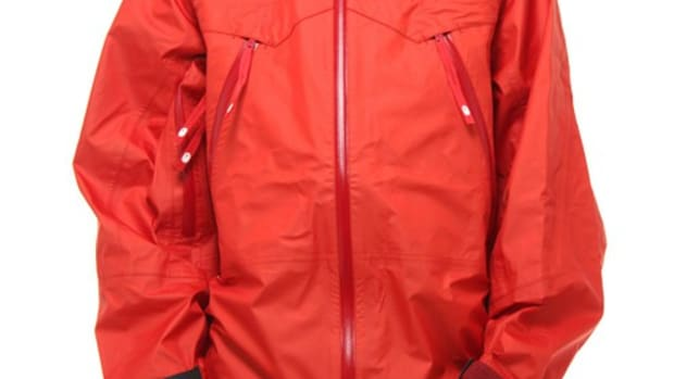 gore-tex-snowboard-jacket-red