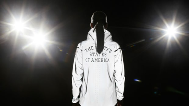 Nike-21st-Century-Windrunner-V-Team-USA-01