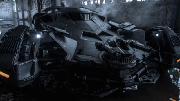 01-new-batmobile-from-batman-v-superman-dawn-of-justice-1