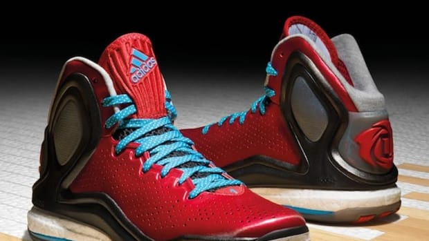 more photos 2a517 8493e adidas D Rose 5 Boost   Video