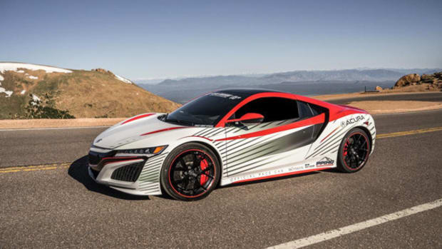watch-the-acura-nsx-set-the-pace-at-pikes-peak