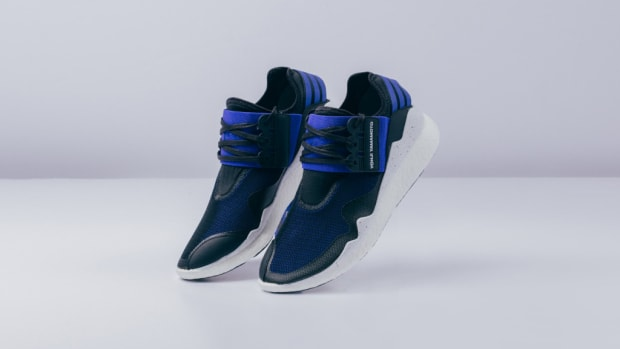 y-3-retro-boost-electric-blue-black-00.jpg