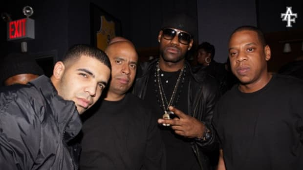 Drake-featuring-Jay-Z-Light-Up
