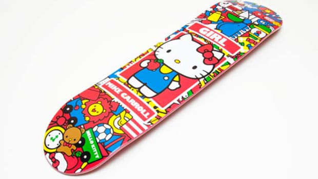 girl-skateboard-hello-kitty-1
