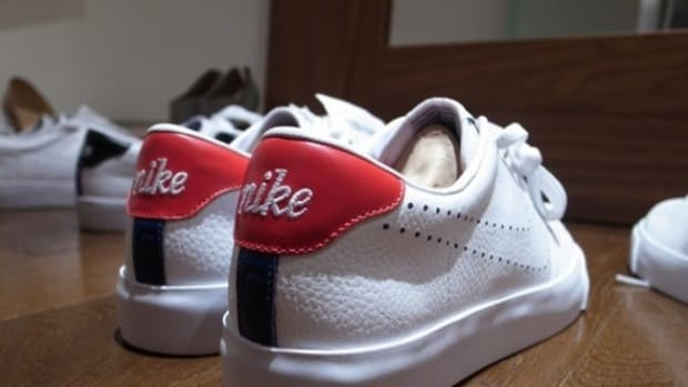 nike-sportswear-x-fragment-design-all-court-white-red-1