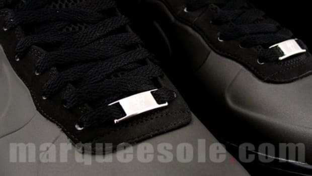 nike-air-force-1-foamposite-black-5