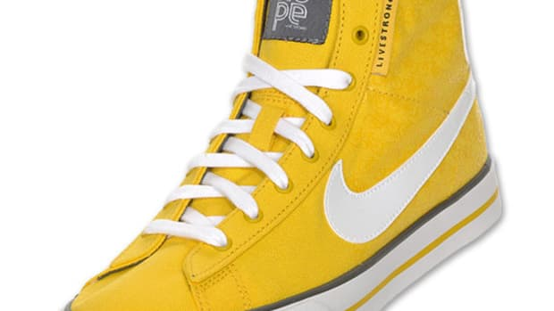 nike-wms-sweet-classic-high-livestrong-01