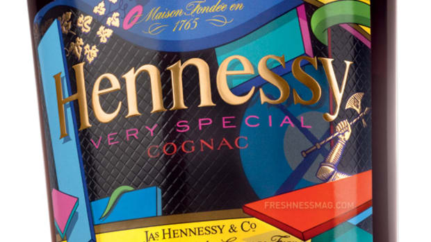 KAWS x Hennessy Very Special Cognac Limited Edition Bottle - 1