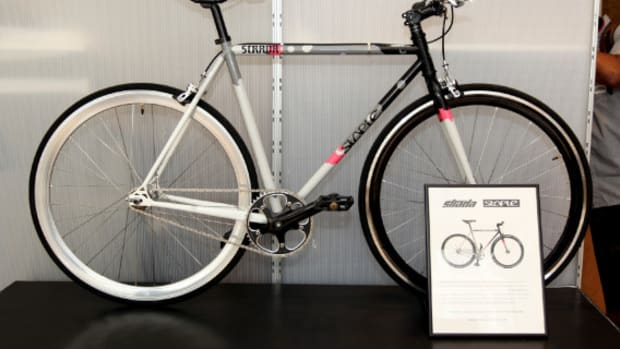 strada-customs-x-staple-design-trackster-fixed-gear-bike-09