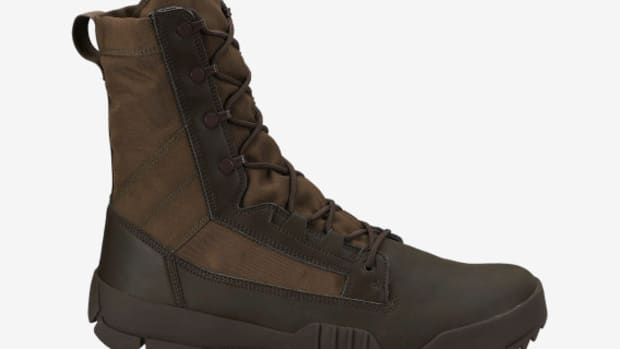 nike-sfb-jungle-boot-baroque-brown-medium-olive-01