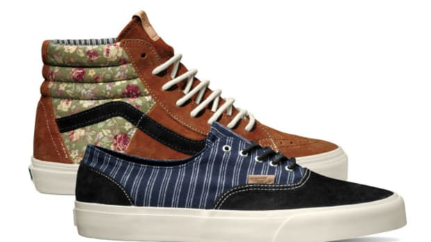 4908c6bc2389 VANS California Collection Holiday 2014 – Floral Mix   Hickory Mix Packs