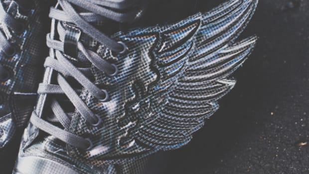 adidas-originals-jeremy-scott-js-wings-molded-01