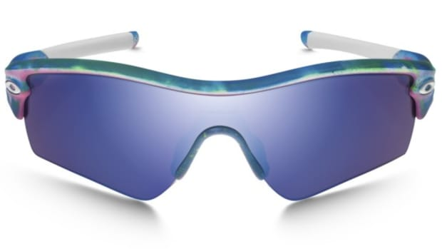 oakley-historical-collection-brian-takumi-tye-dye-pack-01