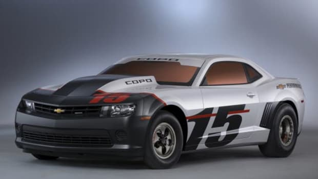 2015-chevrolet-copo-camaro-official-debut-at-sema-1