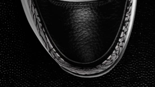 nike-zoom-vapor-tour-aj3-black-cement-teaser-02