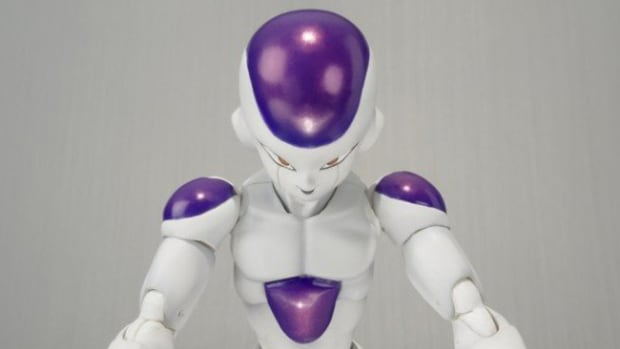 bandai-tamashii-nations-dragon-ball-z-frieza-s-h-figuarts-01