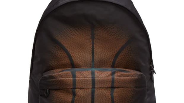 givenchy-basketball-fade-print-nylon-backpack-01