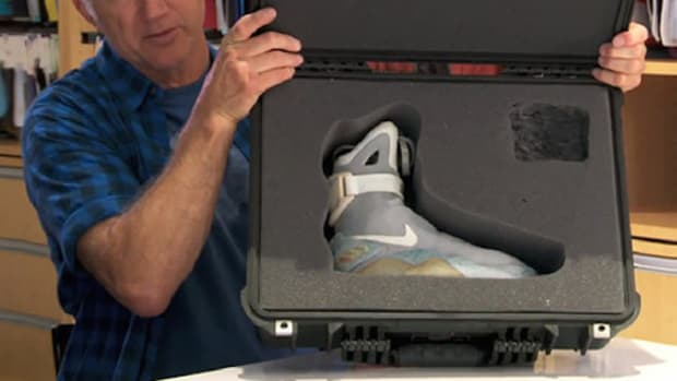 Tinker Hatfield Talks Nike Air Mag 2015 Release with Power Laces a08f648fbe98